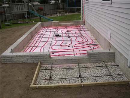 how to build floor for raised house cold climate